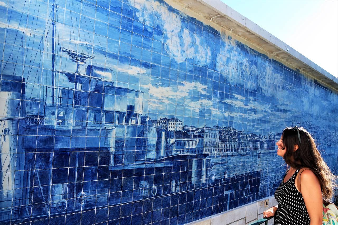 Azulejos de Lisboa, mirador de Santa Lucía_Easy-Resize.com